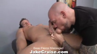 Beau Flexxx Massaged