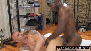 Hung Black Musclefucker