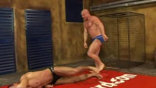 Hot musclemen fuck and wrestle