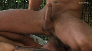 Outdoor Muscle Fuck