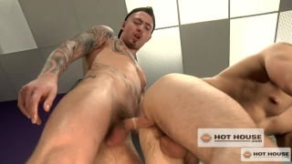Tattooed Top's Locker Room Fuck