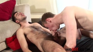 Hung Brit Gets Fucked
