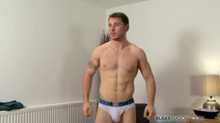 Sexy Straight Guy Nick Solo