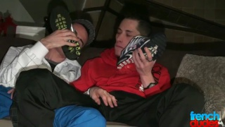 Twinks fuck in their Nikes