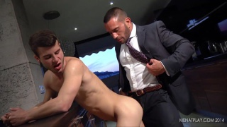 edu boxer fucks allen king at men at play