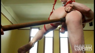 Cocky New Yorker gets tied up