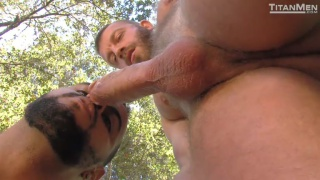 Hunter Marx fucks Tony Orion outdoors
