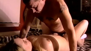 guarda il video: daddy loves dick, but he's still addicted to pussy