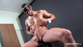 inked hunk campo strokes his foreskin cock