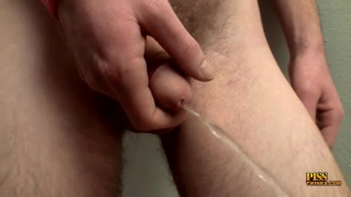 dakota's Horny Stroke And Piss Show