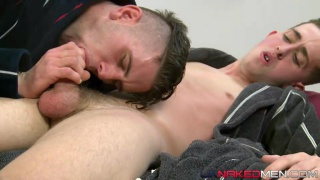 Real-life lovers Ross Drake and Luke Vogel fuck
