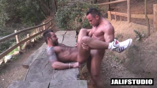 Str8 Bodybuilder Alex Brando dominates Martin Mazza