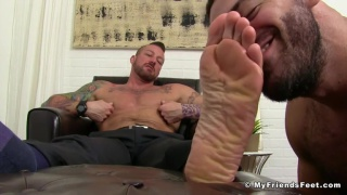 ricky larkin worships hugh hunter's feet