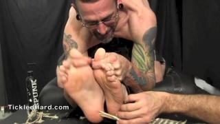 straight boy naked on the tickling table