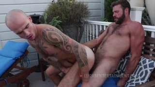 bearded top xavier jacobs pounds cam christou
