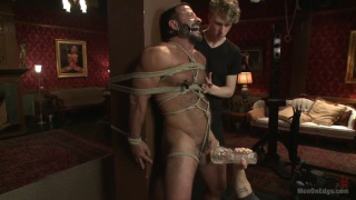 beefy hunk Vinnie Stefano gets edged