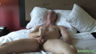 boy-next-door Logan jacks off