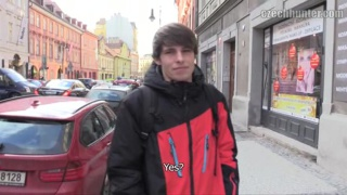 Video ansehen czech guy gets double normal price for blowjob