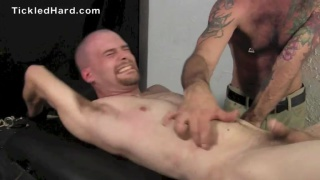 military guy gets his size 9 feet tickled