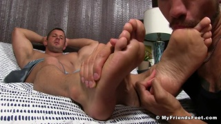 Justin Case worships muscle hunk's bare feet