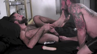 furry stud's kinky foot play session