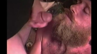 guarda il video: wild man Richard sucks dick