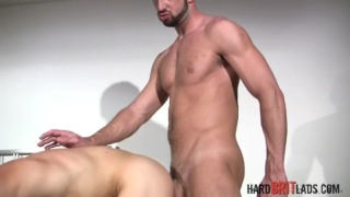Hung muscle Daddy fucks fit lad