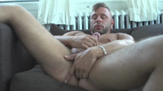 scruffy-faced Mateo jacks his cock