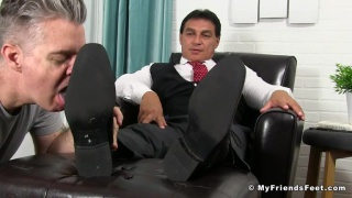 beefy daddy in suit gets foot worship