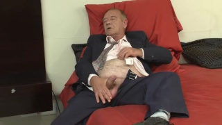 grandpa Elliot Jacks is thick cock