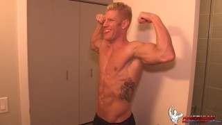 Johnny V Flexes naked