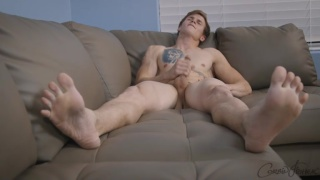 parkour athlete levi jacks his dick