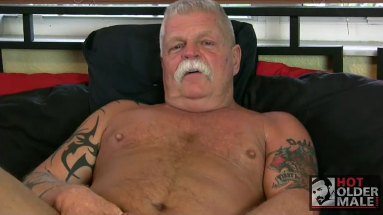 sexy daddy porn Babysitter Likes Daddy And His Dick!