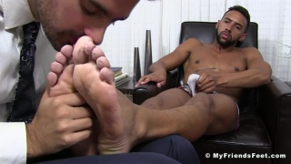 Jay Alexander gets his bare feet worshipped