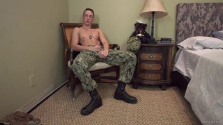 first-timer Liam Daniels jacking off