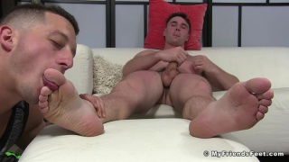 Drake Tyler worships Michael Boston's feet