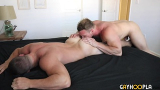 Alpha Male Derek Jones Fucks beefcake hunk Dorian James