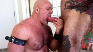 beefy inked daddy gets ass fucked for the first time