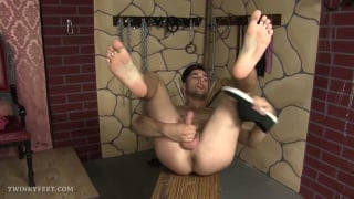 gay stud loves playing with his bare feet