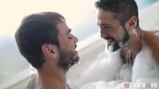 Max Adonis & Wesley Woods fuck around in a bathtub
