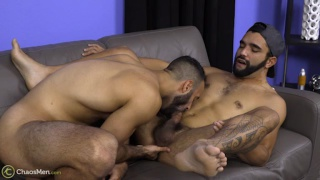 Lorenzo & Wynn blow each other and jack off together