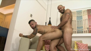 Casting Couch #403 with jorge Leal fucking Leo Rayo