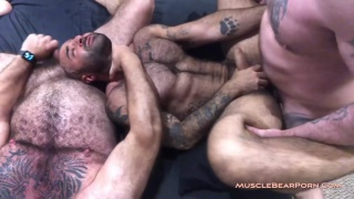 atlas grant gets fucked at Muscle Bear Porn