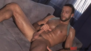 Hot Muscle Jerk Off