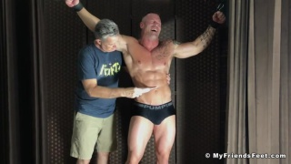 muscle hunk Tickled By Intruder