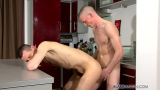 Morning Delight with Lee and Tommy