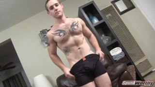 Hairy, tatted str8 dude gets a surprise handjob