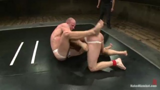 Naked Wrestling - Patrick Rouge vs Phenix Saint