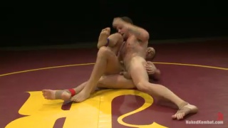 Naked Wrestling - Bryan Cole vs Hayden Richards