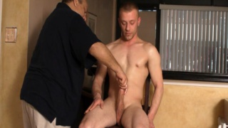 Sexy Hunk's Hand Job Audition